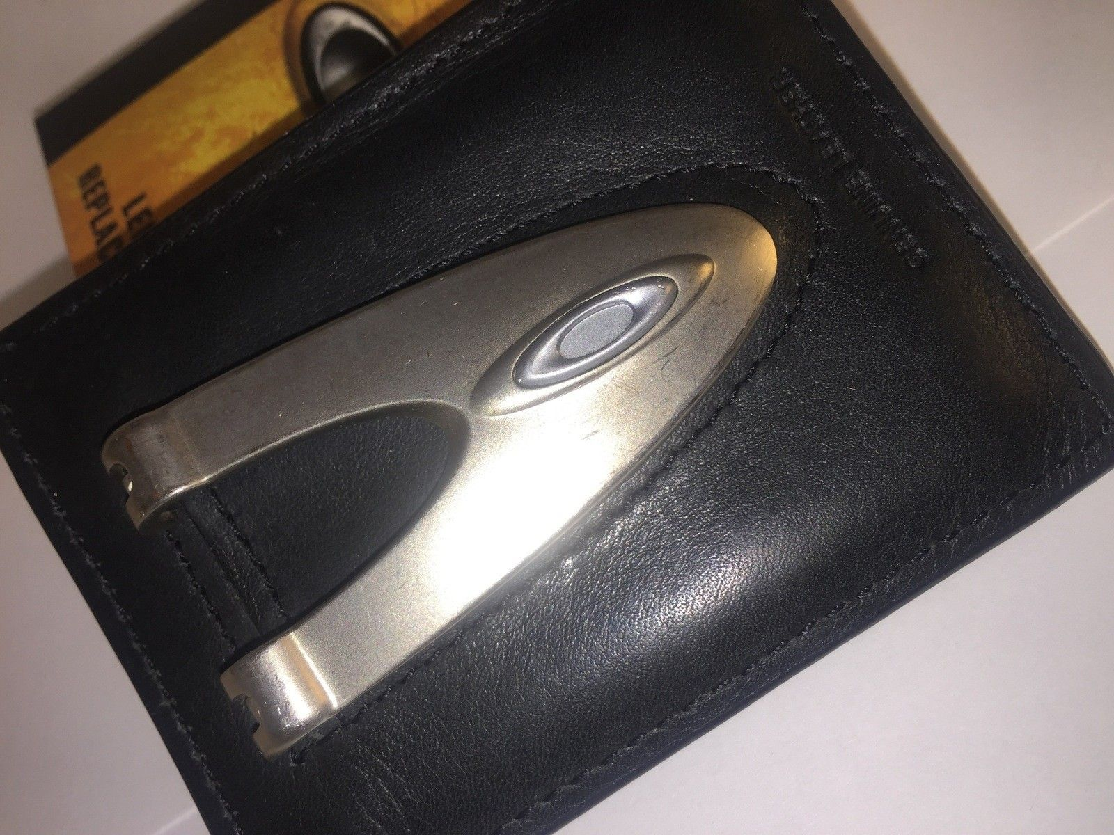 Oakley Flat Money Clip - IMG_1017.jpg