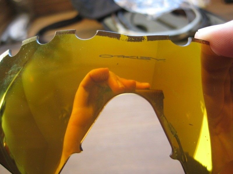 Broken, Destroyed, Scratched, Fabrication Defects ... - IMG_1055.jpg