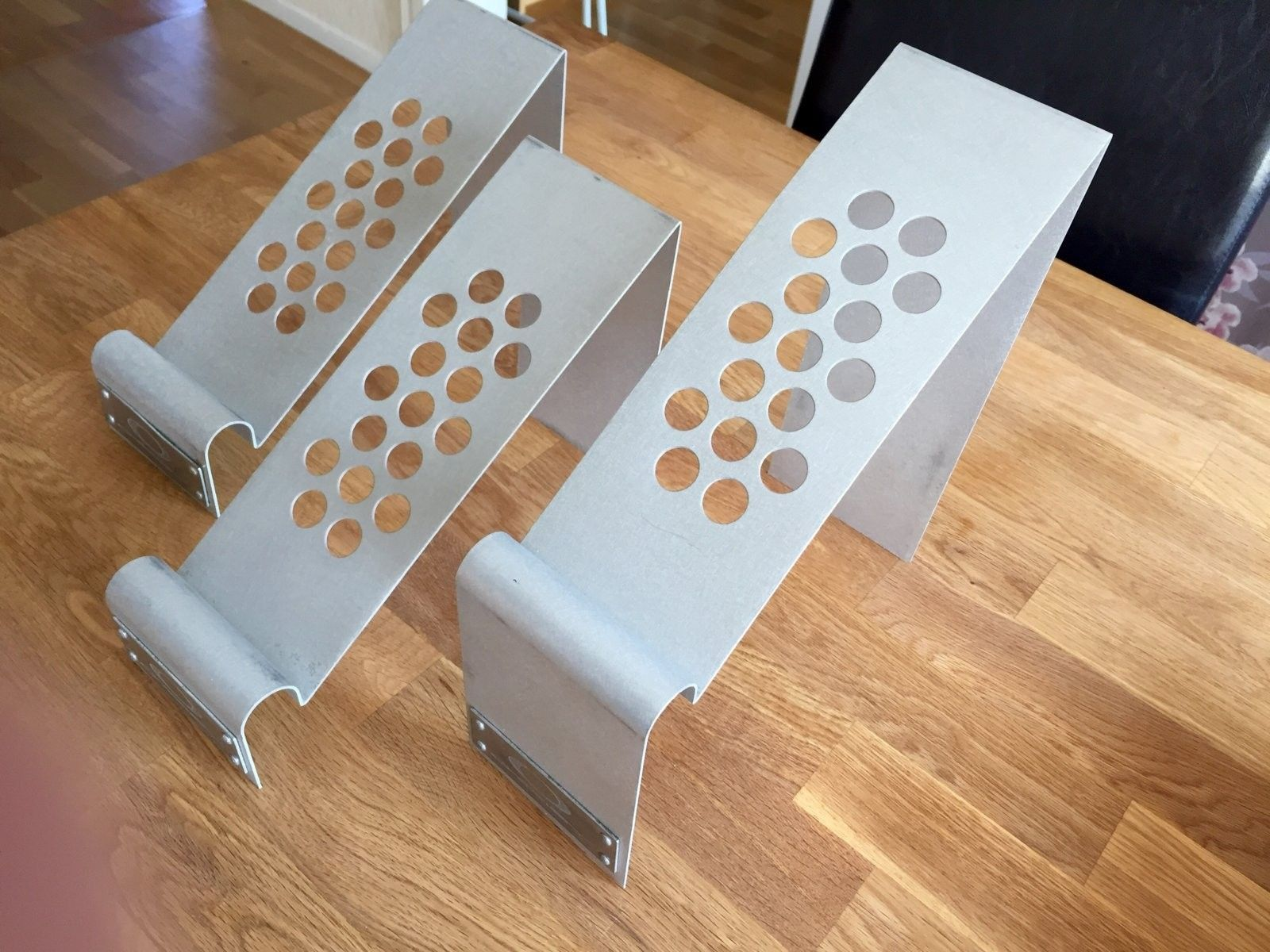 Shoe stands x 3 - IMG_1299.JPG