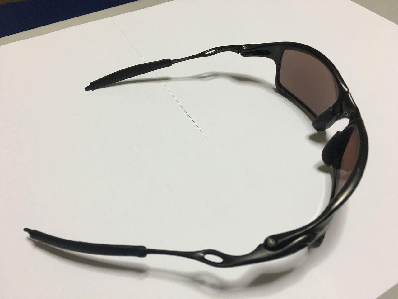 FS: Xsquared, Carbon frame OOBIP sku oo6011-08, Badman Plasma frame with Sapphire lenses - IMG_1376.jpg