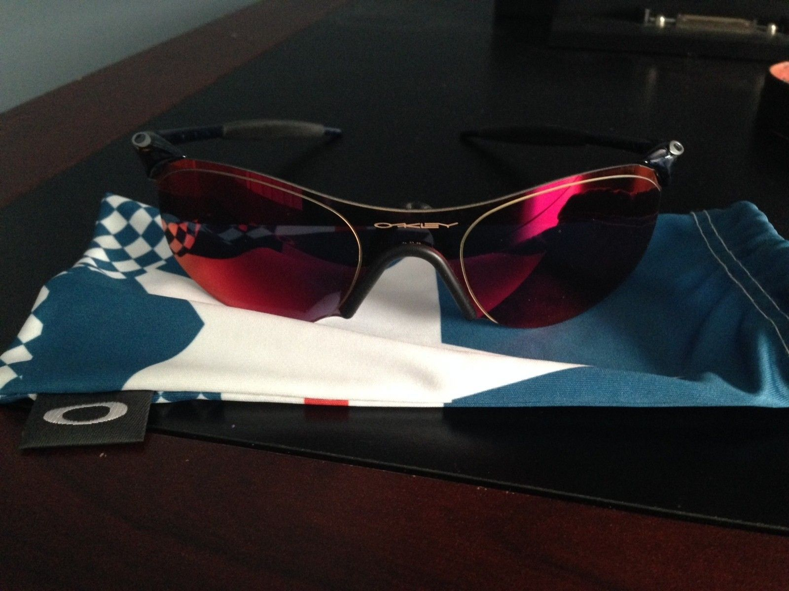 Oakley Zero .4 Squared New Cobalt Positive Red Iridium - IMG_1377.JPG