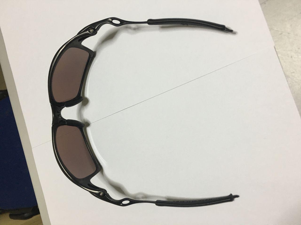 FS: Xsquared, Carbon frame OOBIP sku oo6011-08, Badman Plasma frame with Sapphire lenses - IMG_1378.jpg