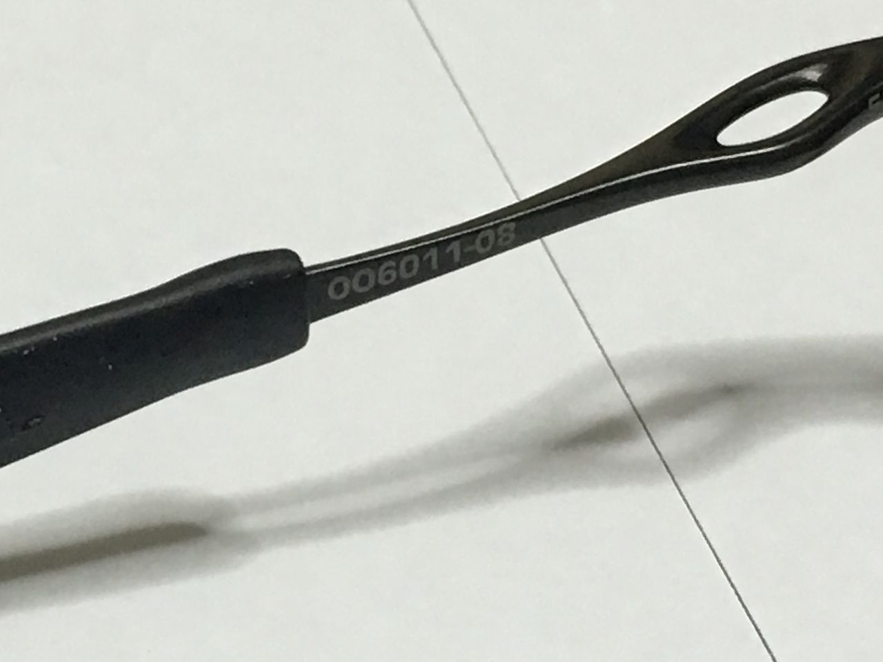 FS: Xsquared, Carbon frame OOBIP sku oo6011-08, Badman Plasma frame with Sapphire lenses - IMG_1380.jpg