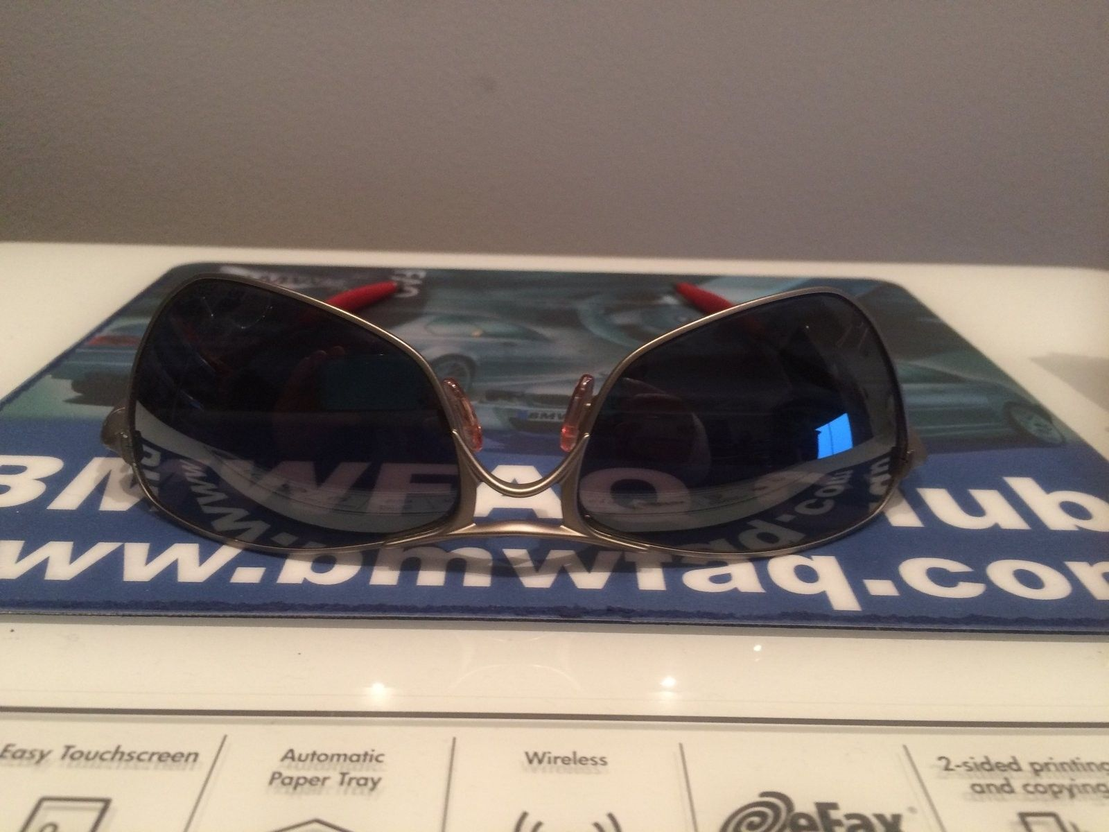 Need help identifying these sunglasses - IMG_1401[1].JPG