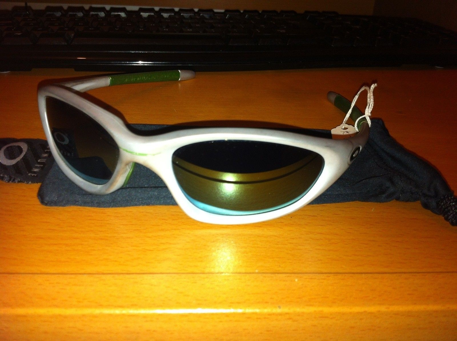 Oakley Sunglasses For Sale (white Camo Thump, XX Emerald, XX Ice) - IMG_1404_www.kepfeltoltes.hu_.jpg