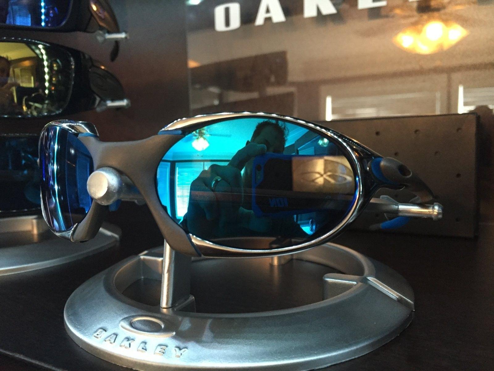 Or trade.  R1 custom with custom Sapphire lense - IMG_1424.JPG