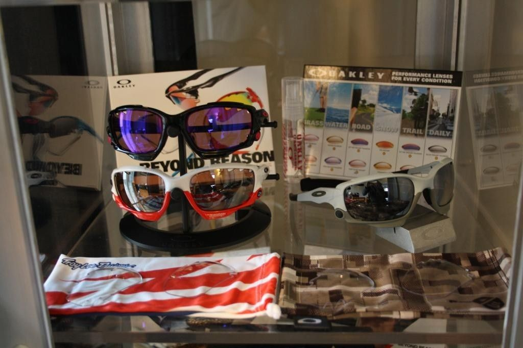 My Oakley Collection So Far... - IMG_1447.jpg