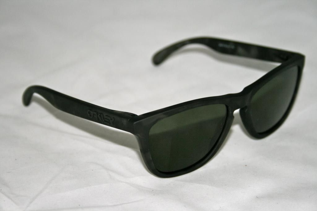 NIB Frogskins Fallout Collection 24-415 Matte Blk Tort with dark grey - IMG_1498_zpszozdqsxq.jpg