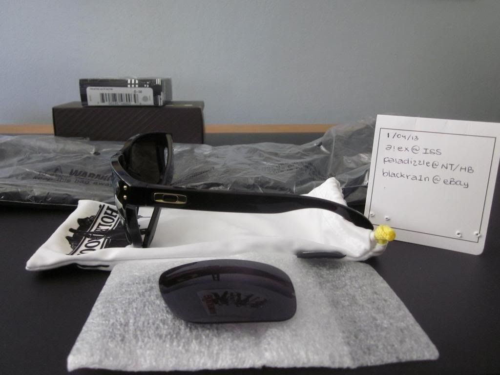 FS: Oakley Shaun White Holbrook Polished Black/Gold Iridium - IMG_1508_zps2959b666.jpg
