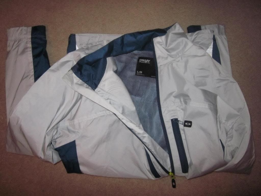 FS: New Oakley Windbreaker Jacket - IMG_1522_zps91b2a9a9.jpg
