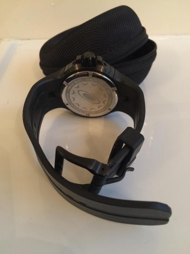 Oakley BottleCap Watch - Black Stealth - IMG_1612_zpsd6211a04.jpg