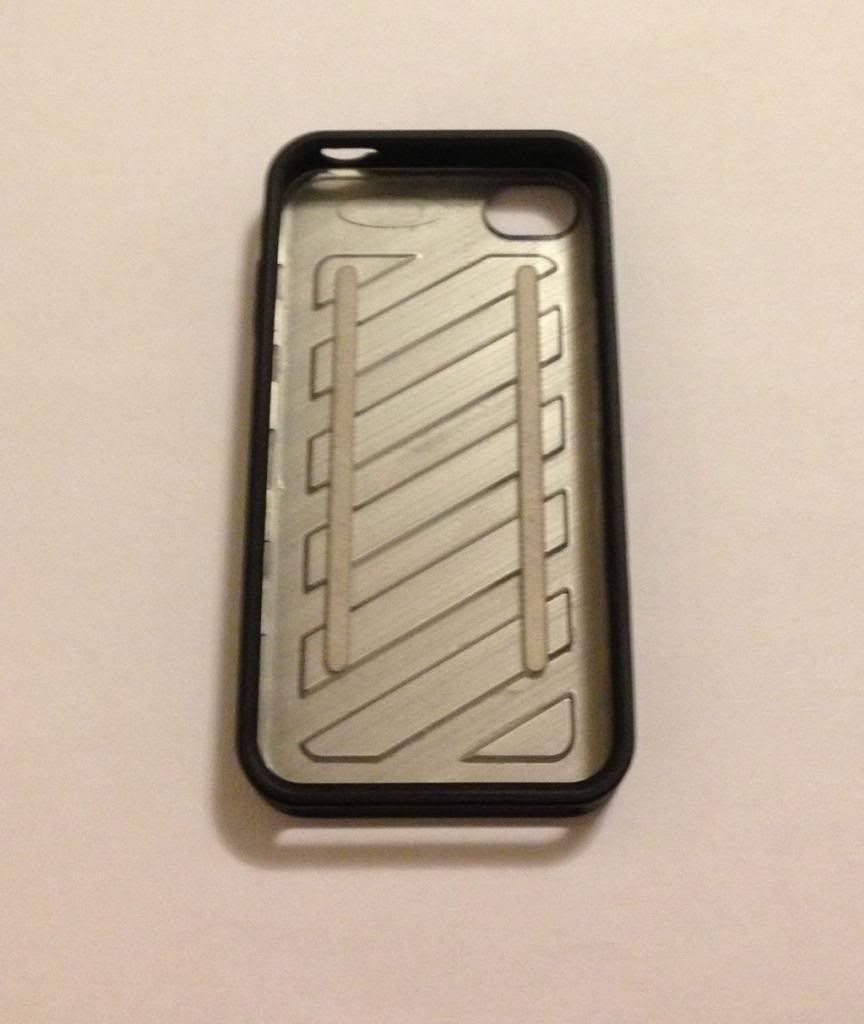 Oakley Hazard Case For IPhone 4 Or 4s - IMG_1614_zpse77d0927.jpg