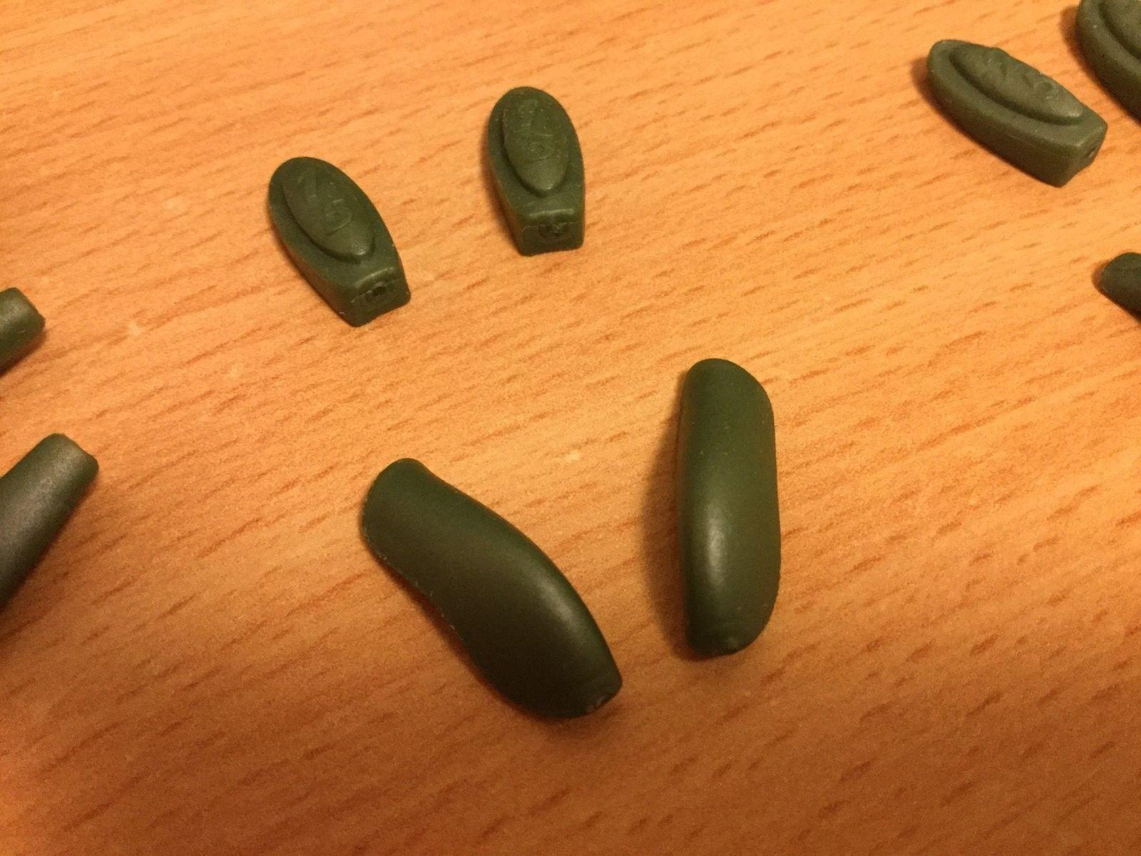 Ichiro Polished Emerald -  lens, rubber! - IMG_1625.JPG