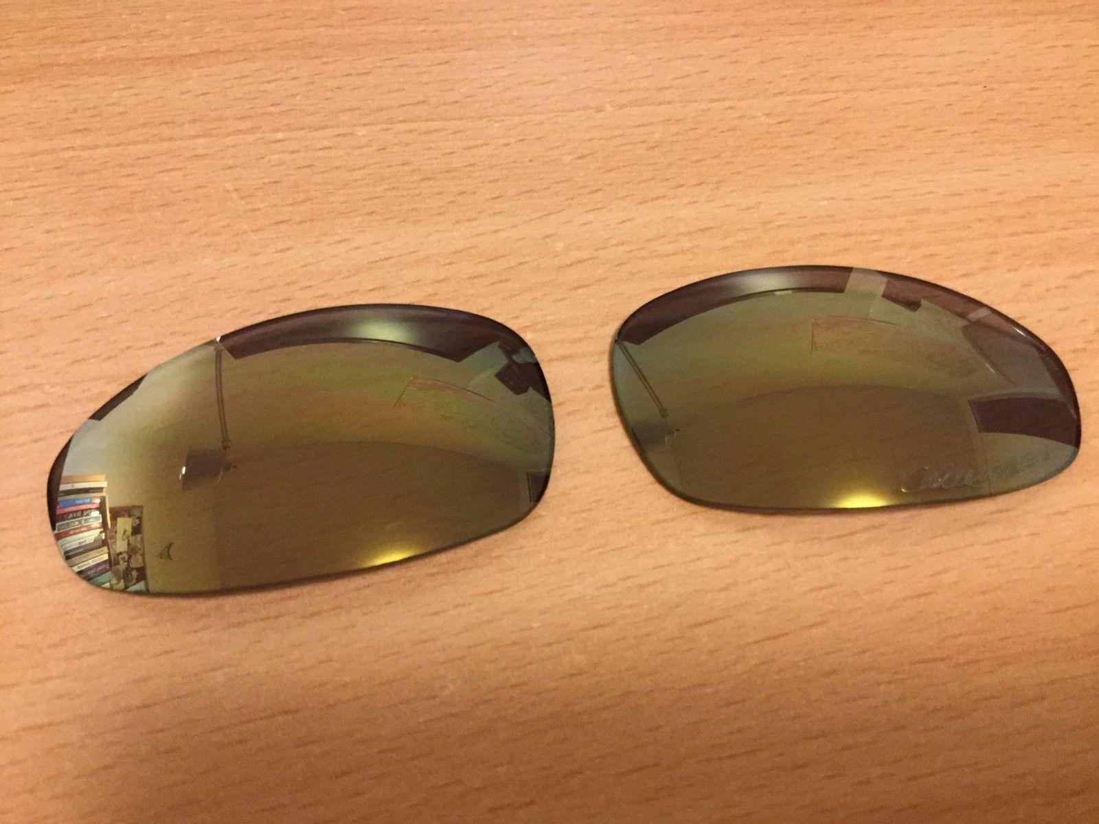 Ichiro Polished Emerald -  lens, rubber! - IMG_1627.JPG