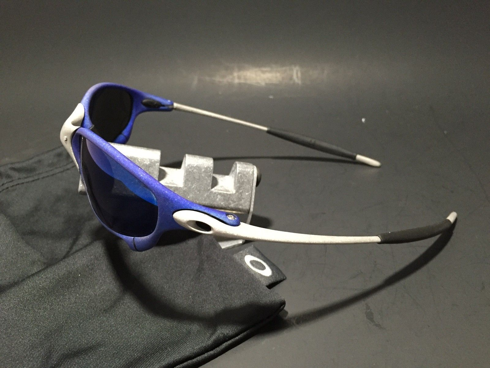 Anodized Juliet Dallas Cowboys colors Blue/Silver w/ OEM Ice Lenses - IMG_1776.JPG