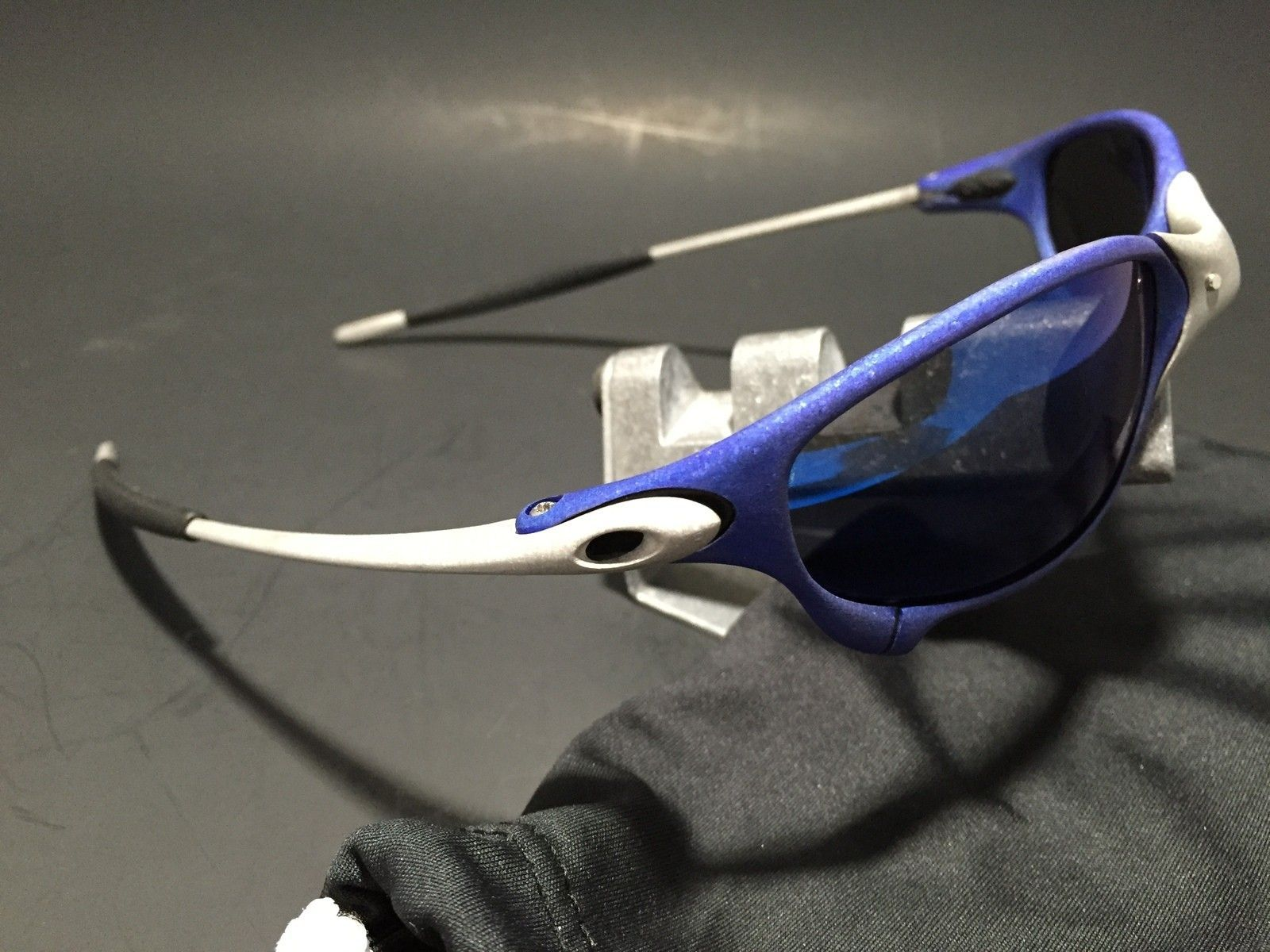Anodized Juliet Dallas Cowboys colors Blue/Silver w/ OEM Ice Lenses - IMG_1779.JPG