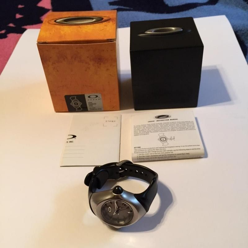 Oakley Crush Watch Complete with Case, Box and Paperwork - IMG_1832_zps41d36ae7.jpg