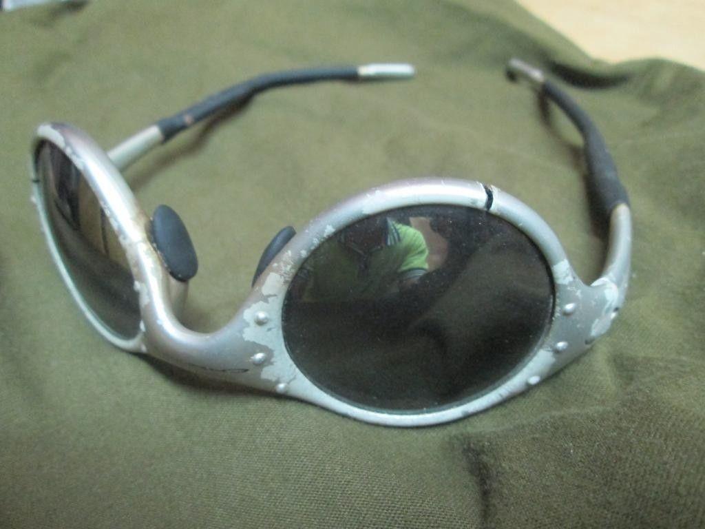 Cracked MOON Frame - IMG_1882.jpg