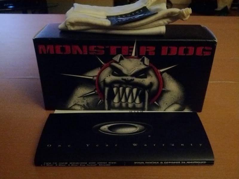 WTS/WTT:  Pearl Monster Dog Complete BOX - IMG_20120702_225027.jpg