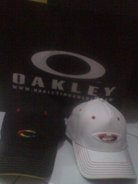 WTS Oakley Prs Stretch Hat RARE - IMG_20120703_192944.jpg