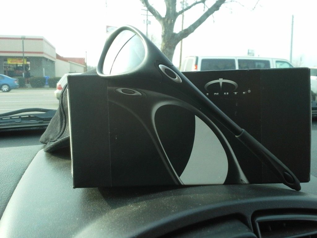 Oakley Minute Black On Black - IMG_20121219_151250.jpg