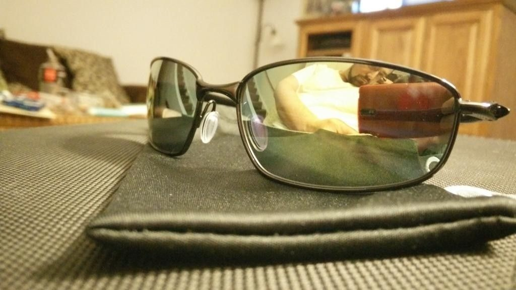 Gently Used Black Blenders with Emerald Polarized lenses - IMG_20141230_232915.jpg