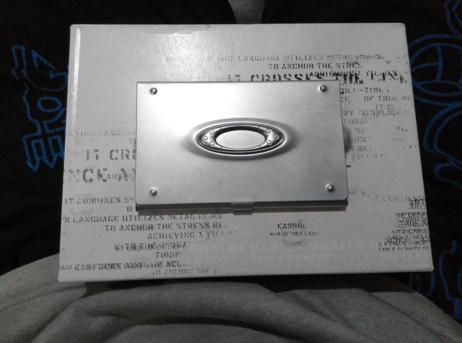 Oakley icon business card case silver - IMG_20150112_170340.jpg