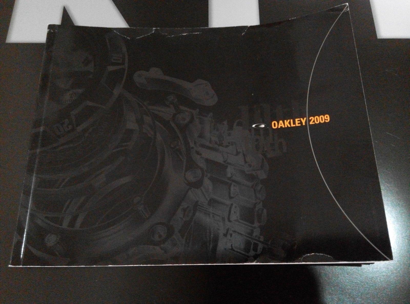 Oakley Watch Catalog - IMG_20150319_144408.jpg