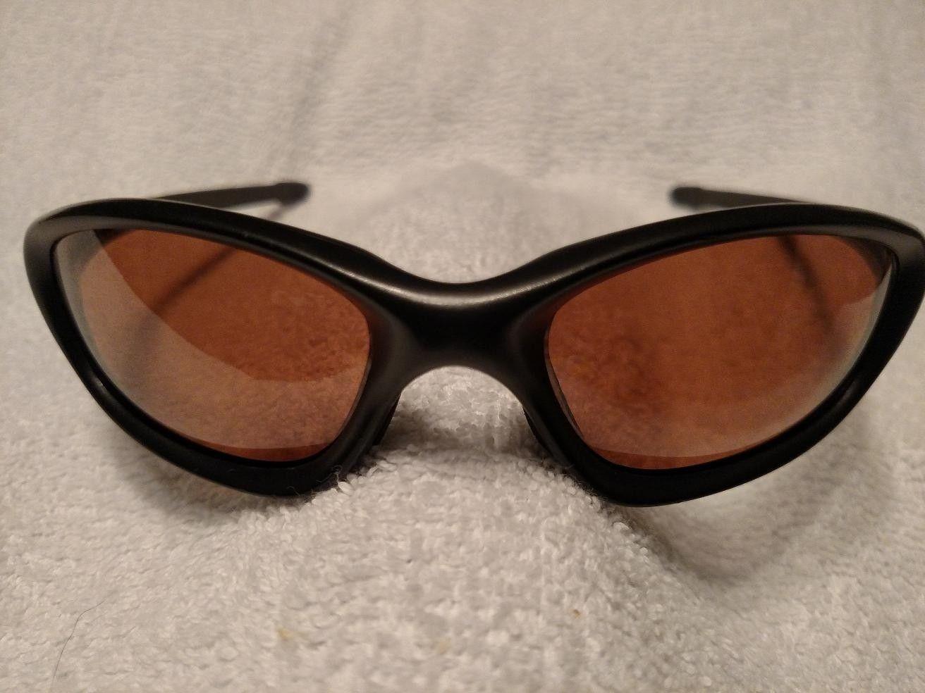 9 Vintage Oakleys ALL One Money + Bonus - img_20150517_211928494-jpg.152334.jpg