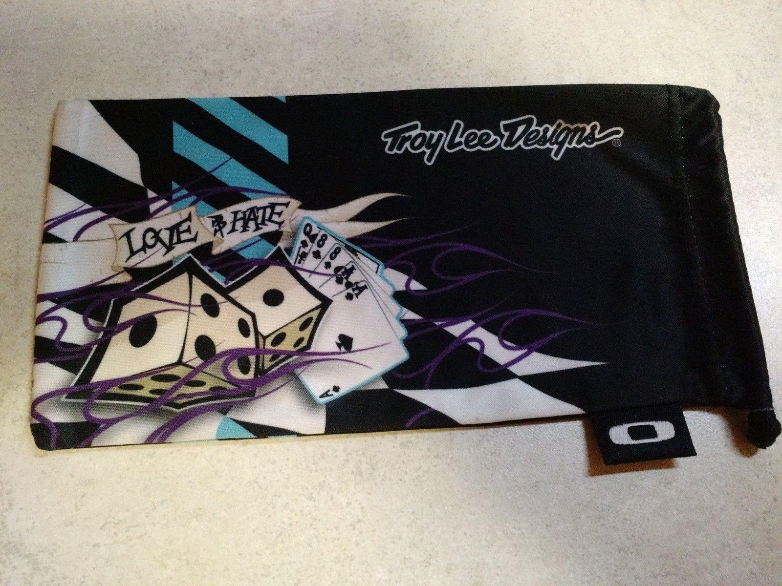 TLD Love/Hate Fuel Cell microfiber bag - IMG_20150531_224109226.jpg