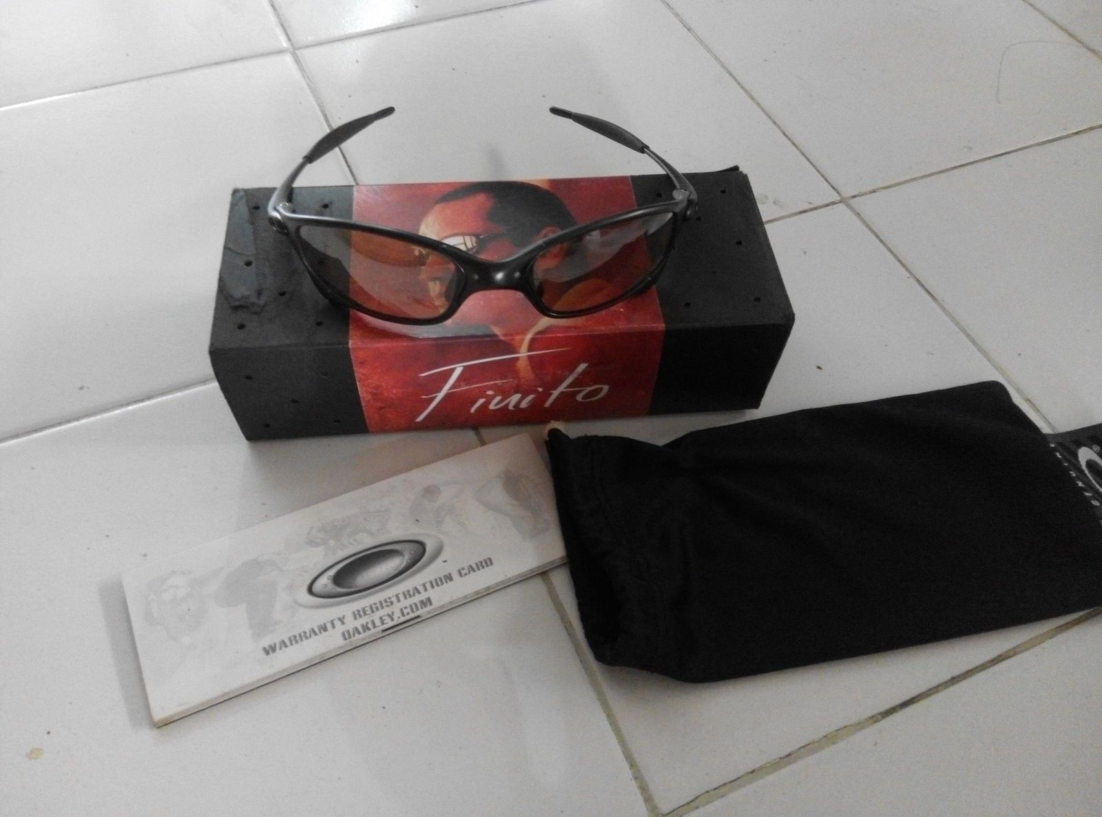 Oakley juliet finito complete serial match. 600usd.need this gone - IMG_20150704_095831.jpg