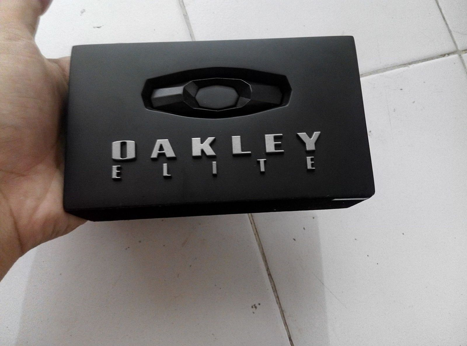 Oakley elite block - IMG_20150814_132117_HDR.jpg