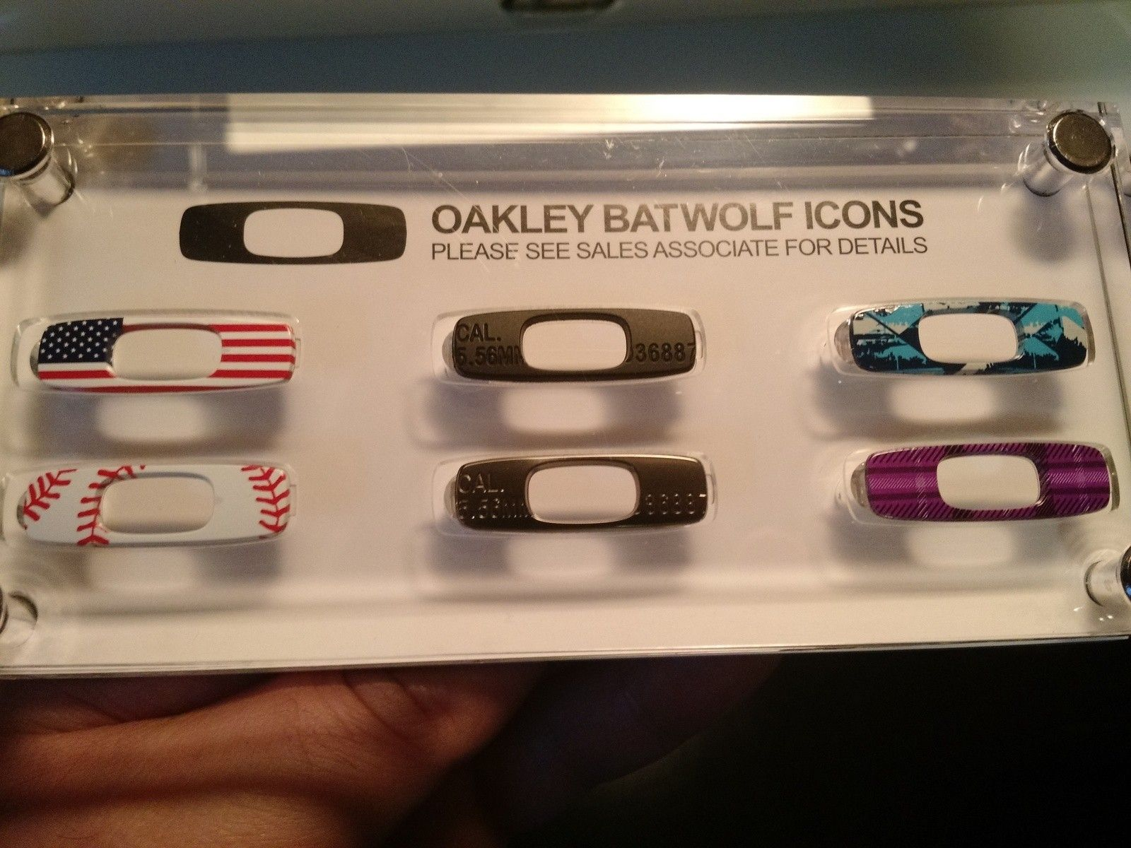 oakley batwolf icons flag