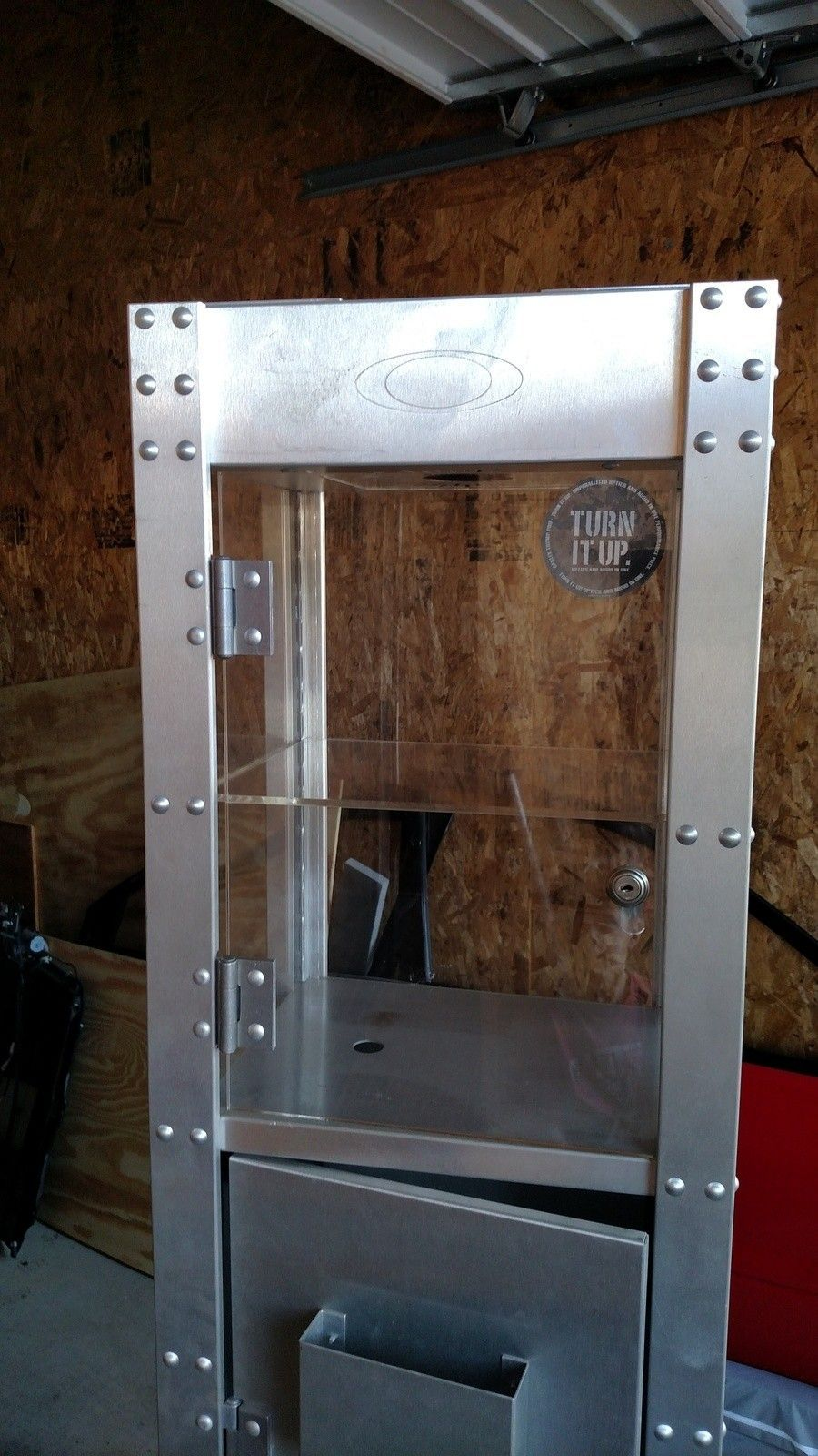 Thump display case - IMG_20150907_175148979.jpg