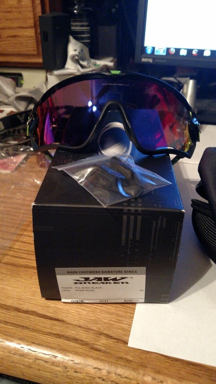 Jawbreaker Mark Cavendish Polished Black w/ Prizm Road oo9290-10 - IMG_20151130_143800947.jpg