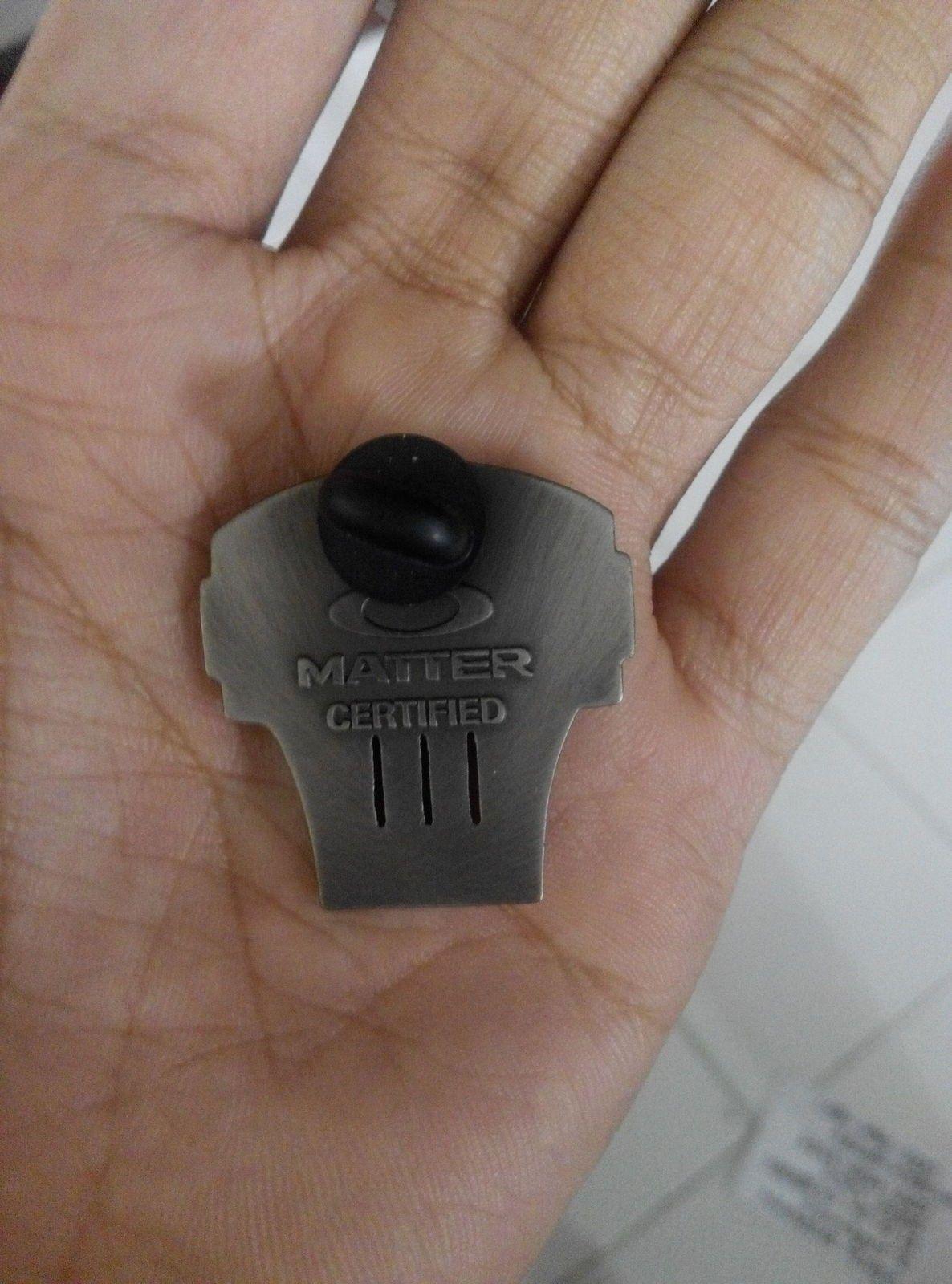 oakley expert pin. new - IMG_20151215_130656.jpg