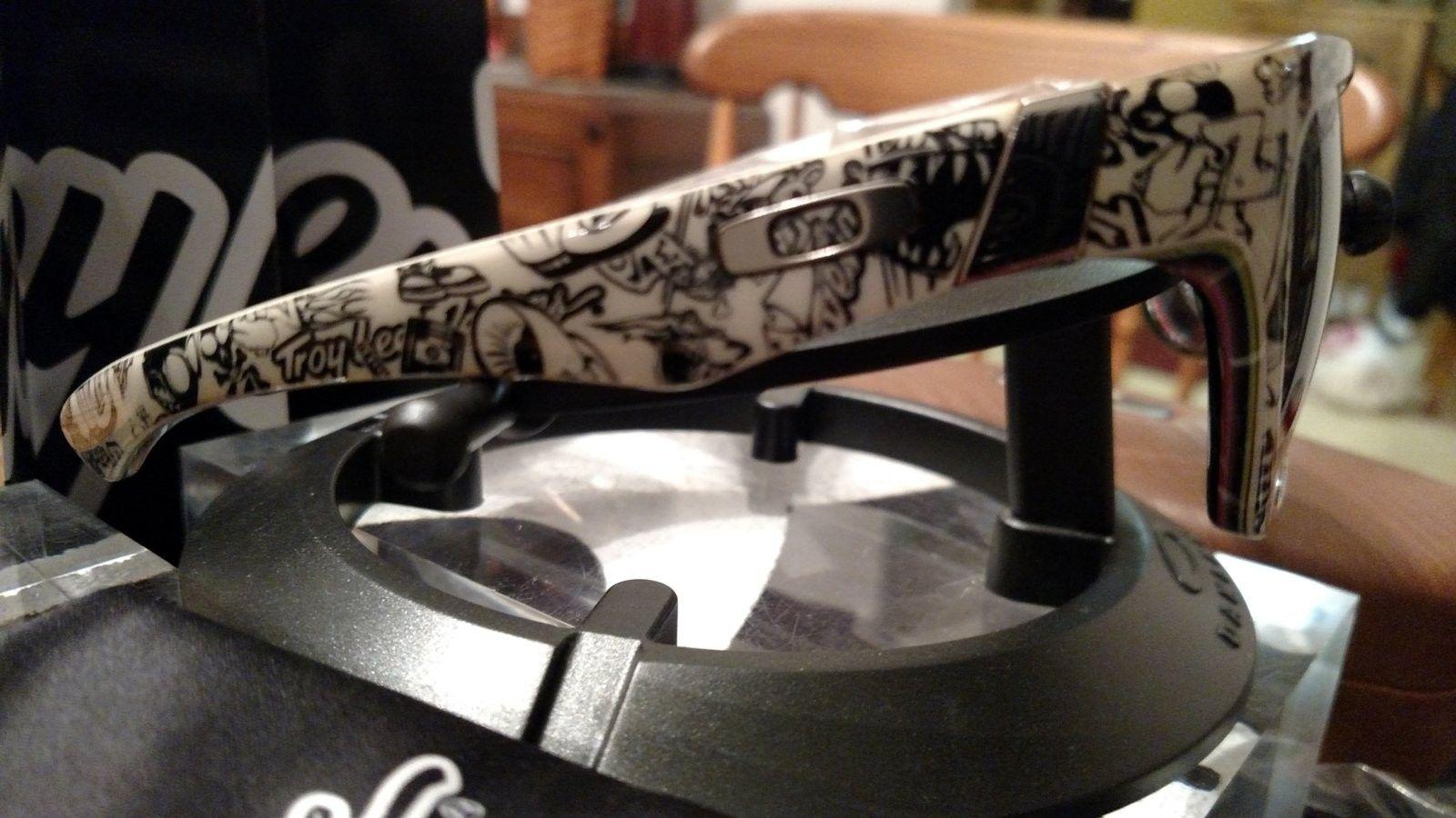 Troy Lee Design Jupiter Polished White/Grey-drop to $65 - IMG_20161015_225446182.jpg
