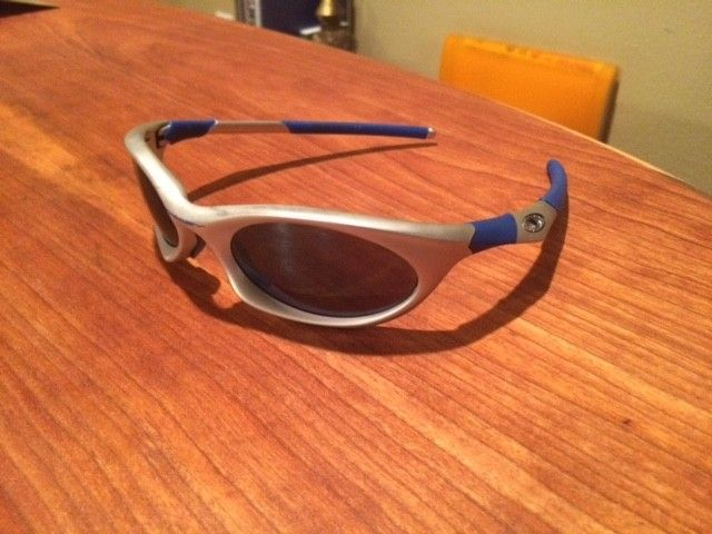 What model Oakley model are these? - IMG_2189.JPG