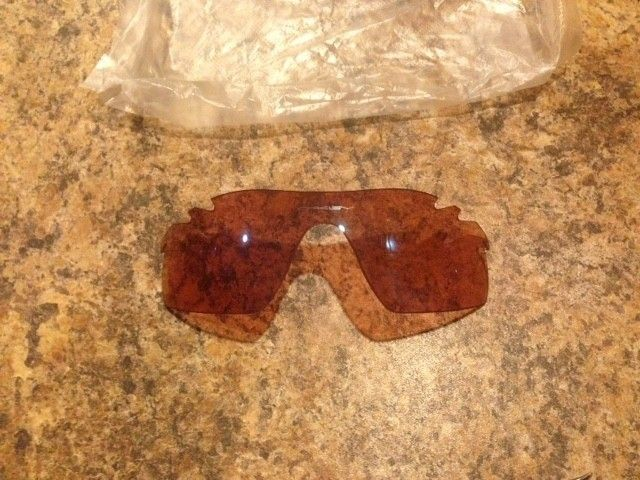 NEW Oakley Radarlock Pitch Vented Replacement Lenses G30 Iridium and Slate Iridium - IMG_2197.JPG