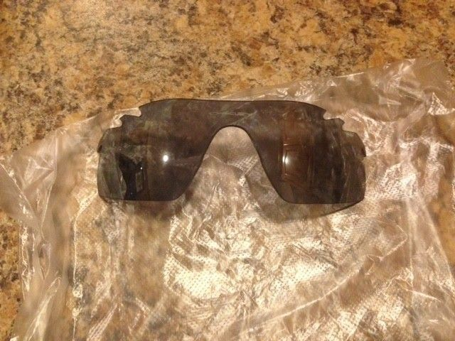 NEW Oakley Radarlock Pitch Vented Replacement Lenses G30 Iridium and Slate Iridium - IMG_2198.JPG
