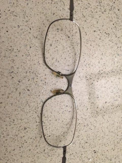 Need help to identify Oakley lenses - IMG_2238.JPG