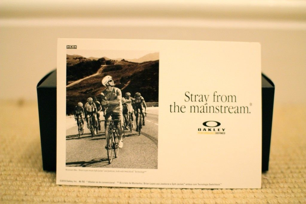 BB's CHARITY AUCTION GIVEAWAY #1: Pro Cycling Displays - IMG_2384.jpg