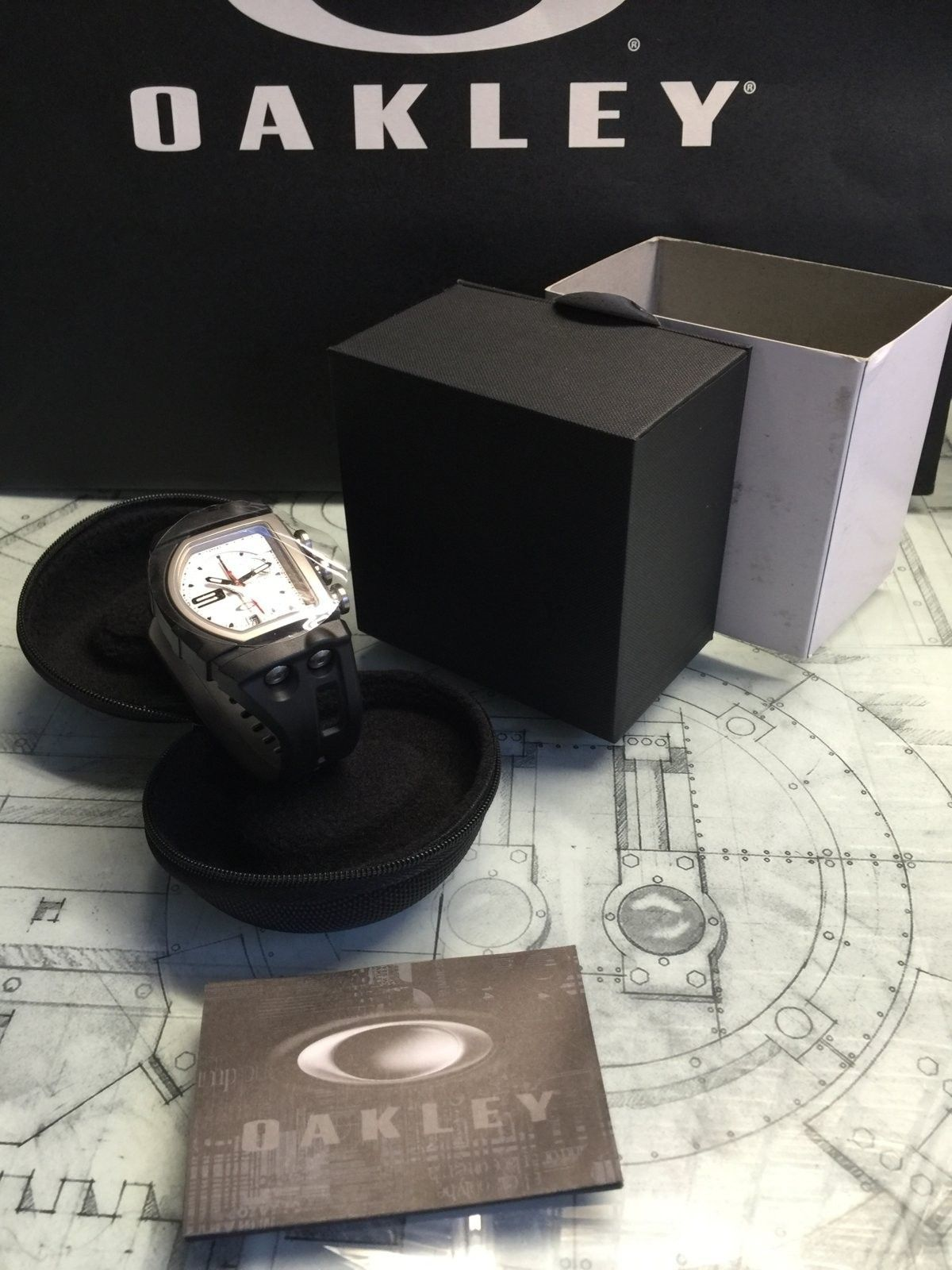 BNIB White dial Fuse Box watch $225 shipped - IMG_2423.JPG