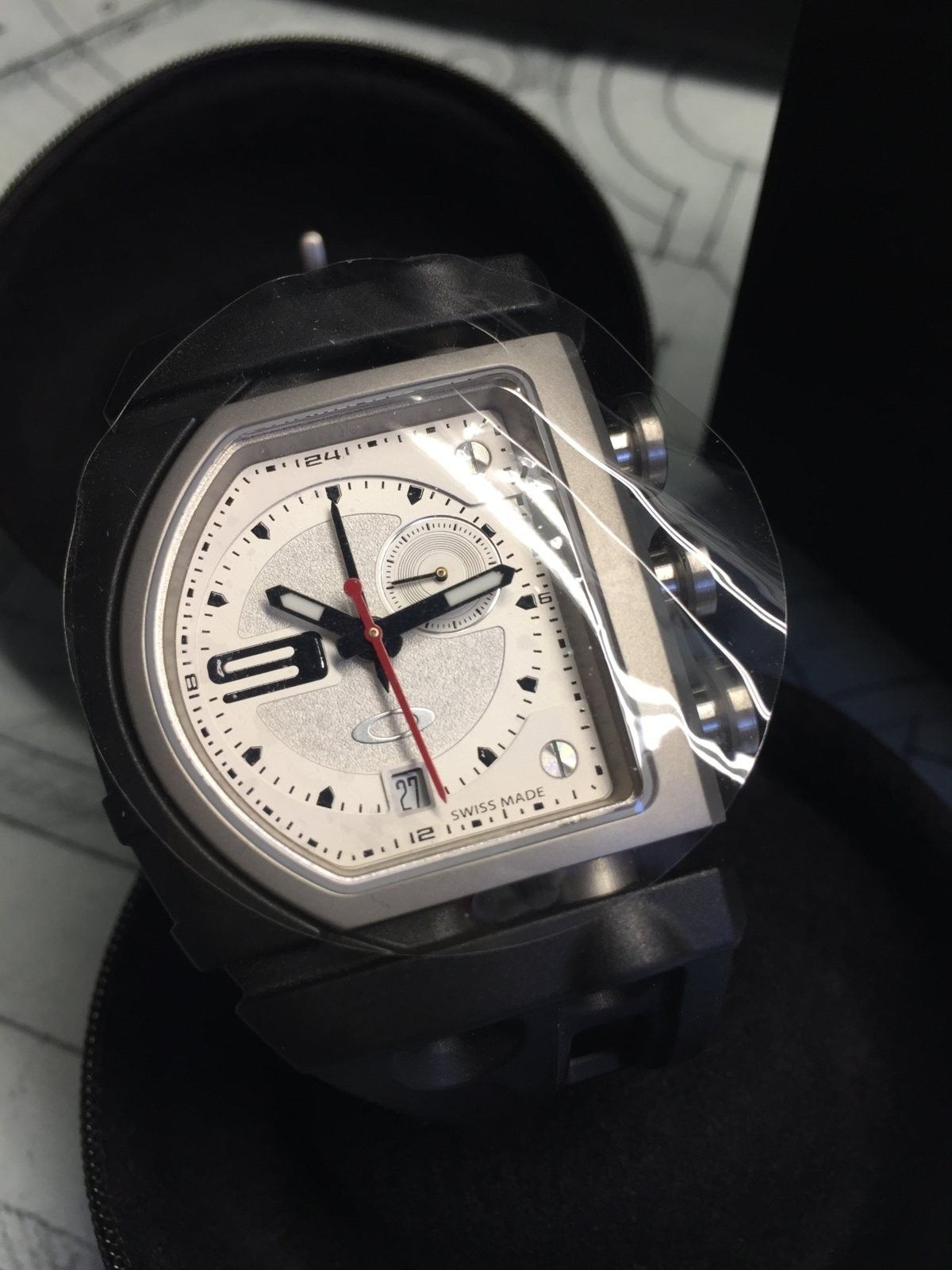BNIB White dial Fuse Box watch $225 shipped - IMG_2425.JPG