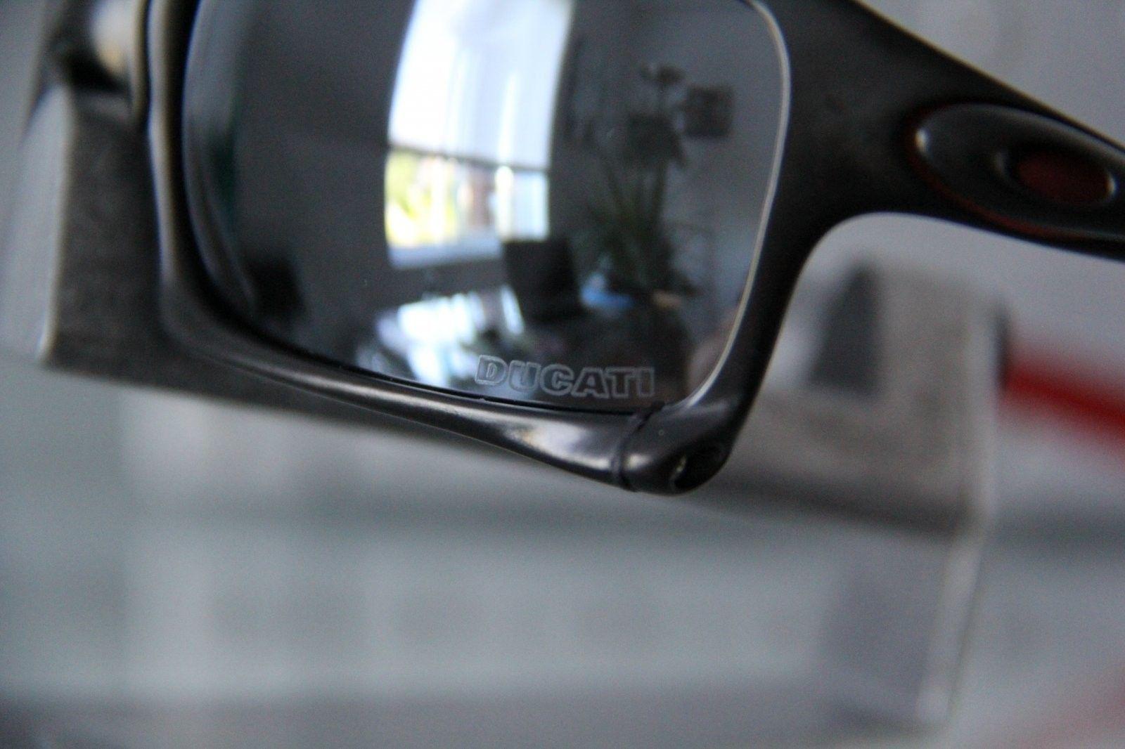 X Squared Ducati Carbon Frame 006011-09 - IMG_2544.jpg