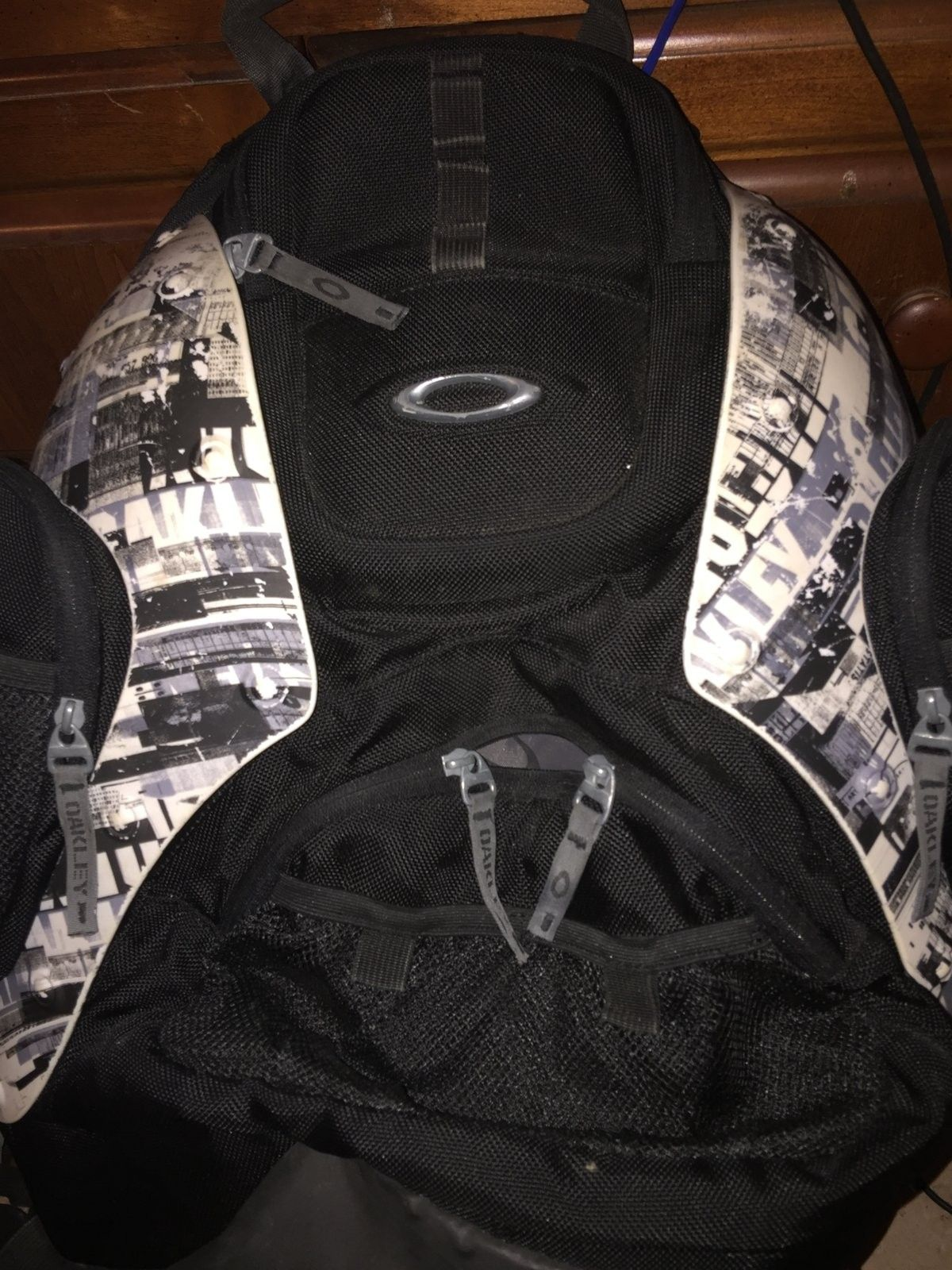 Oakley Hard Shell Back Pack - IMG_2670.JPG