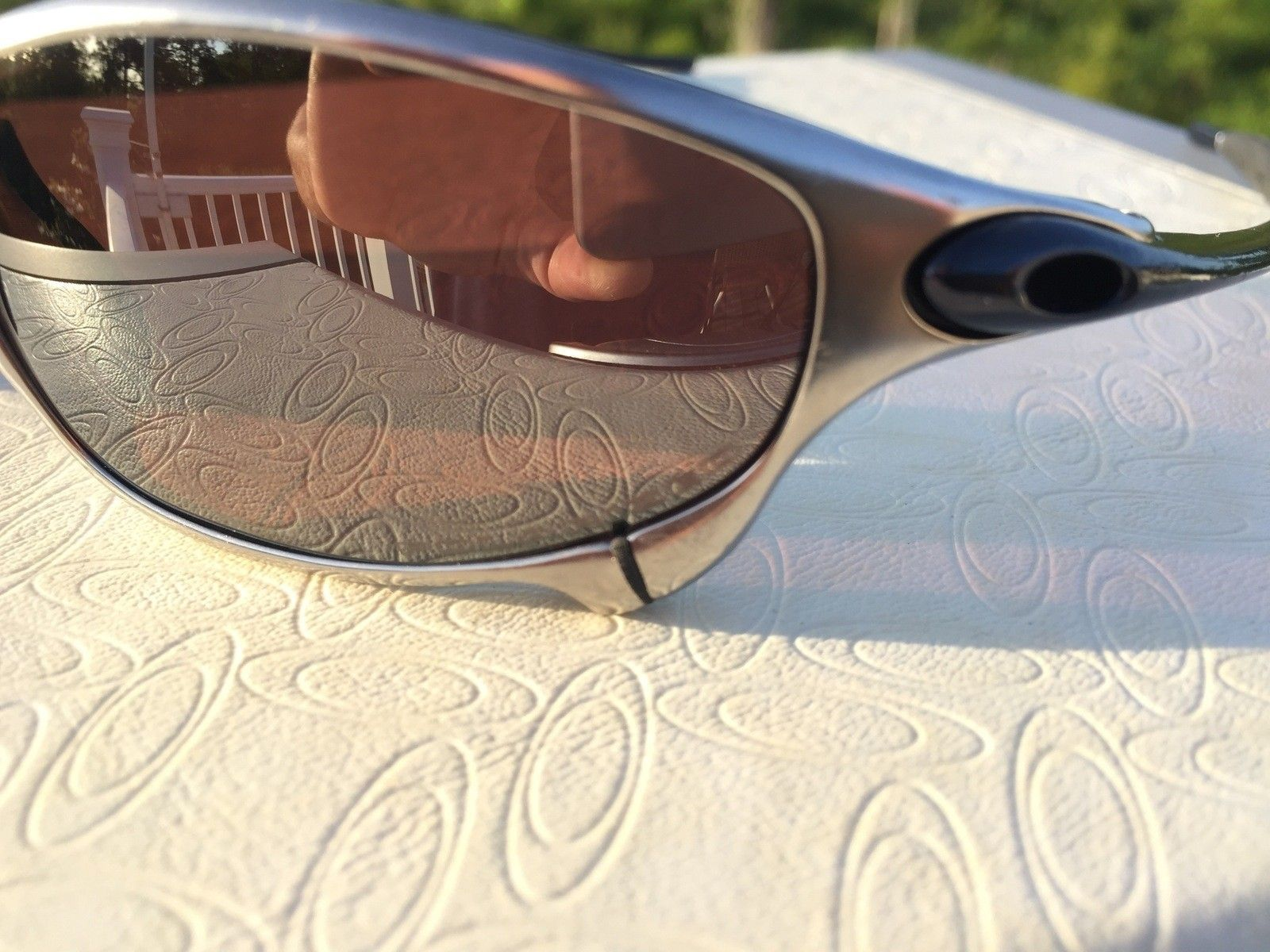 Oakley Juliet Custom Ti-02 Polished Black w/ Vr28 Black Polar - IMG_2691.jpg
