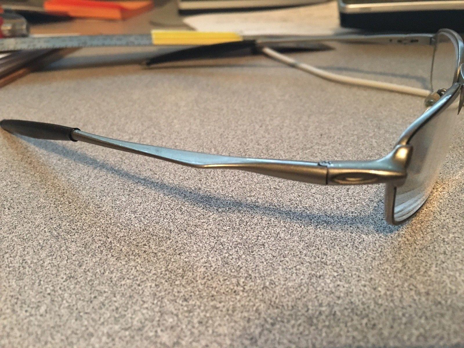 Can someone help identify these prescription frames? - IMG_2709.JPG