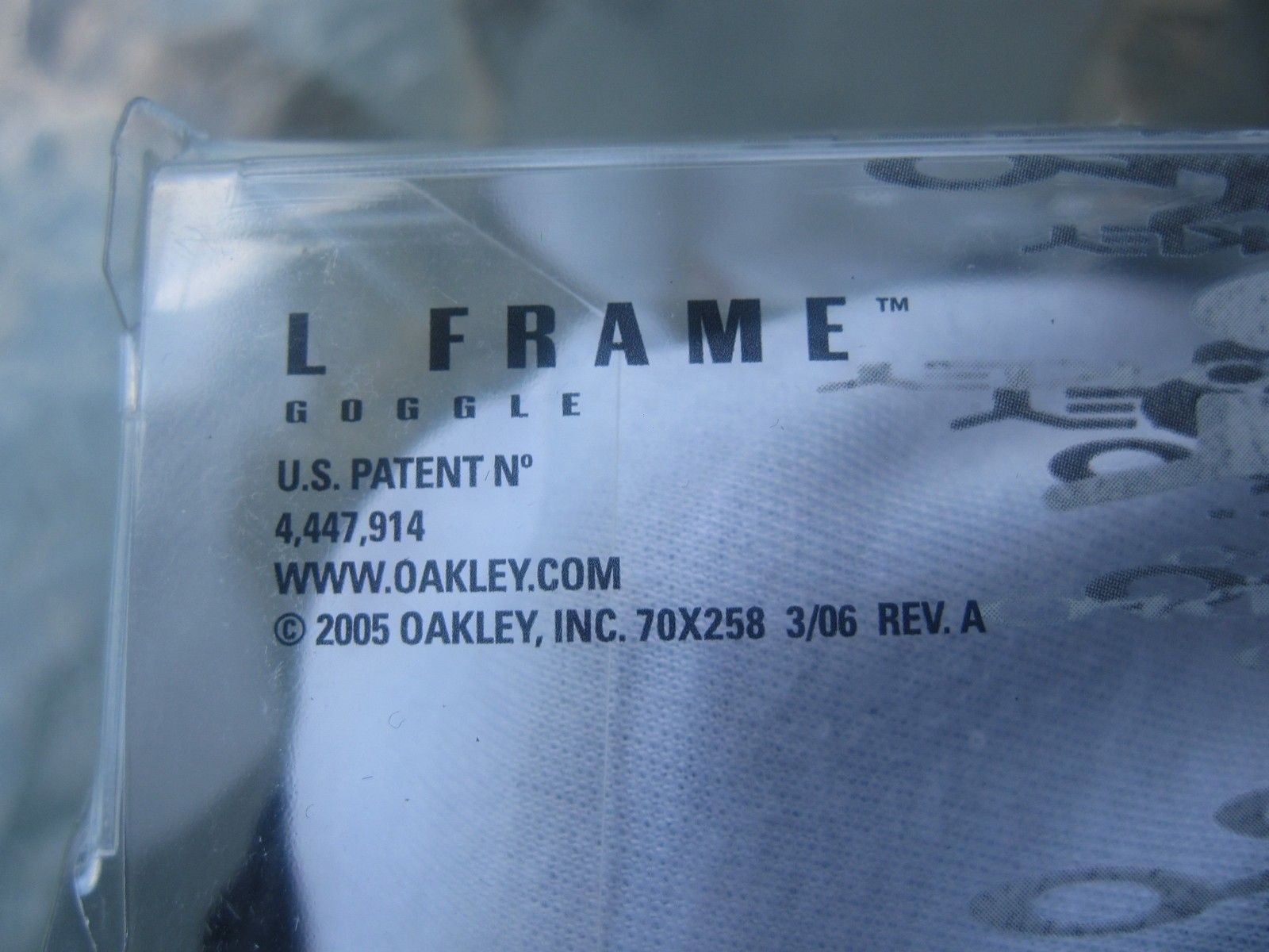 OAKLEY L FRAME MX - Over Glasses goggles Atv/Moto/dirt - Carbon Fiber - IMG_2804.JPG