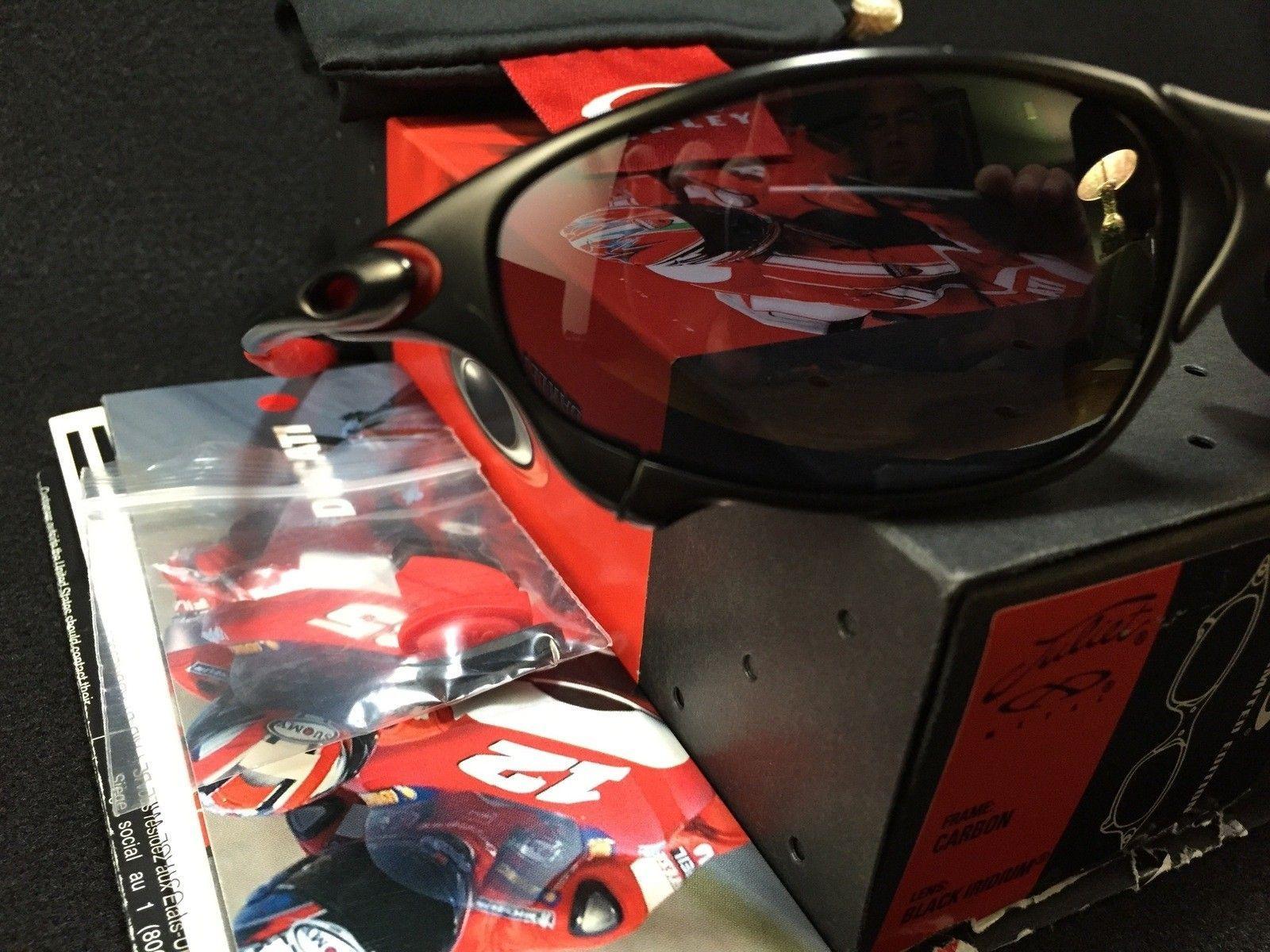 Ducati Juliet Carbon w/ SKU w/ box, coin, papers etc.... - IMG_2829.jpg